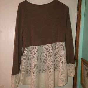Sweaters - Boutique lace sweater